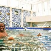 cloud-9-spa-thalasso therapy-pool-